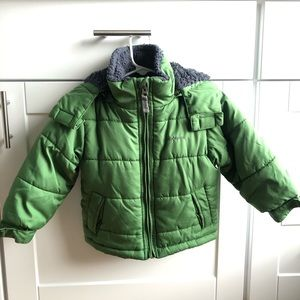 London Fog boys puffer coat, faux fur lined Sz 2T